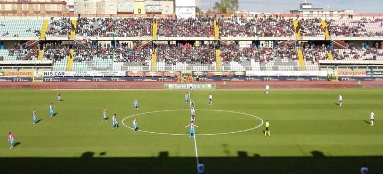 L'incubo infinito: Catania a pezzi!