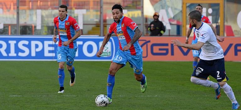 Il Catania  sfida l'Entella, Brescia penalizzato di 6 punti