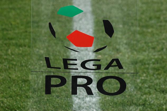 il_catania_regala_il_primo_posto_alla_casertana_seguono_due_siciliane