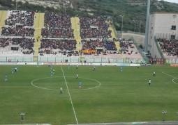 chi_si_accontenta_non_vince_il_derby