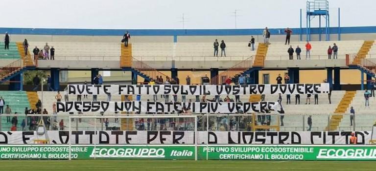 """""""ADESSO FATE SUL SERIO: SI TRATTA DEL NOSTRO FUTURO!"""""""